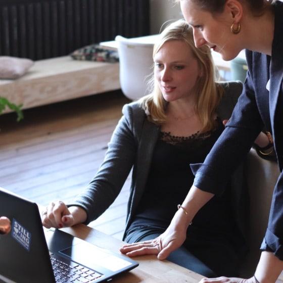 formation nouveau manager femmes ordinateur portable