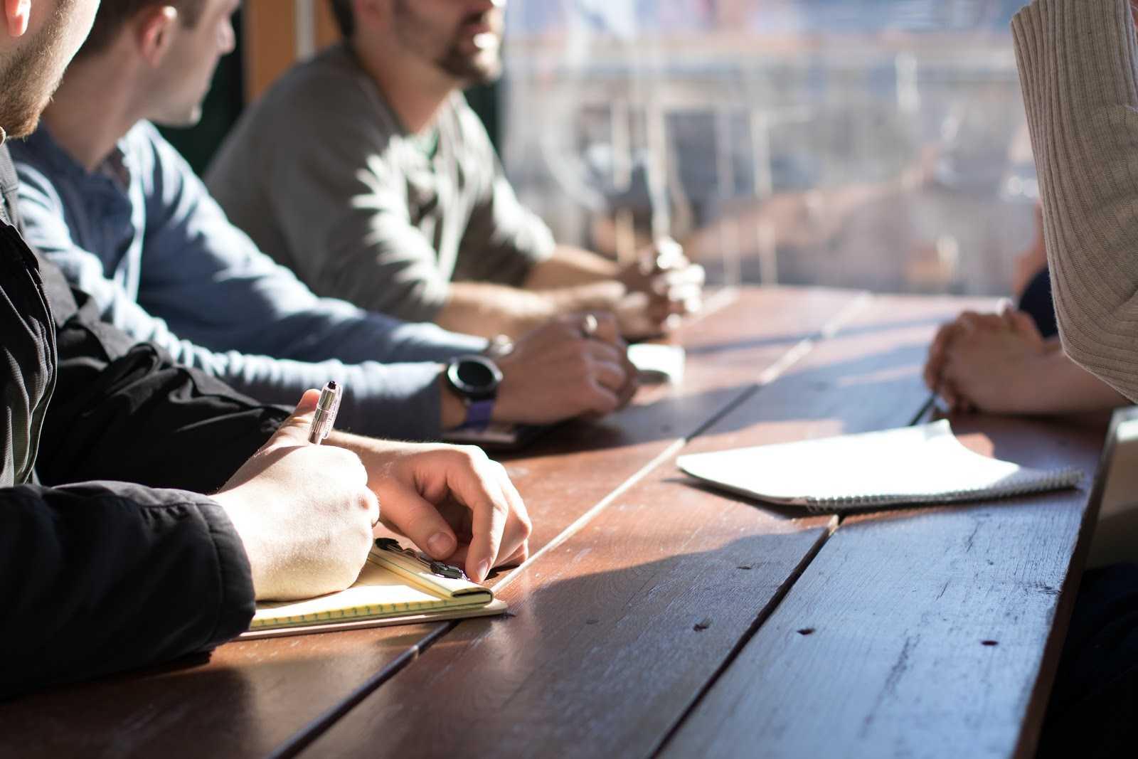 QVT et Covid discussion entre salariés